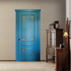Цветные крашеные двери