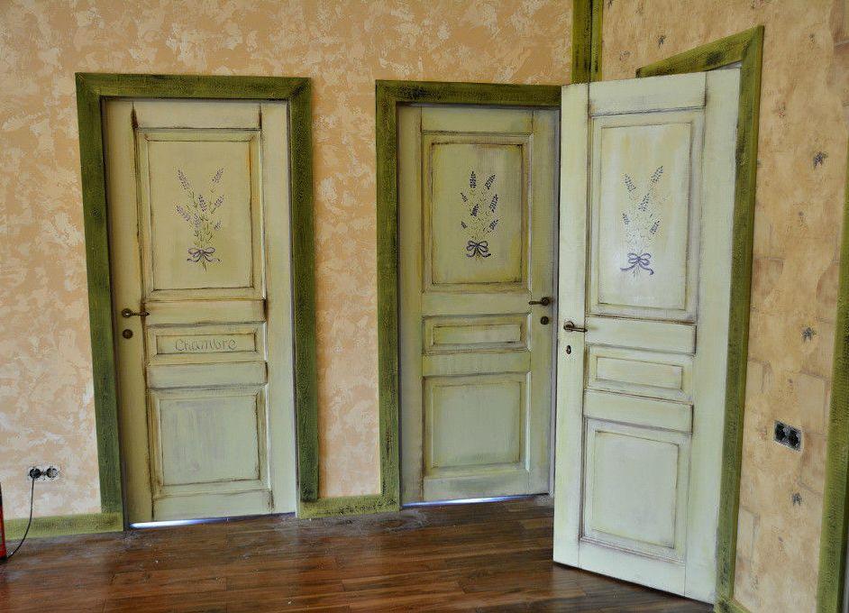 Какой морилкой лучше покрыть дверь
