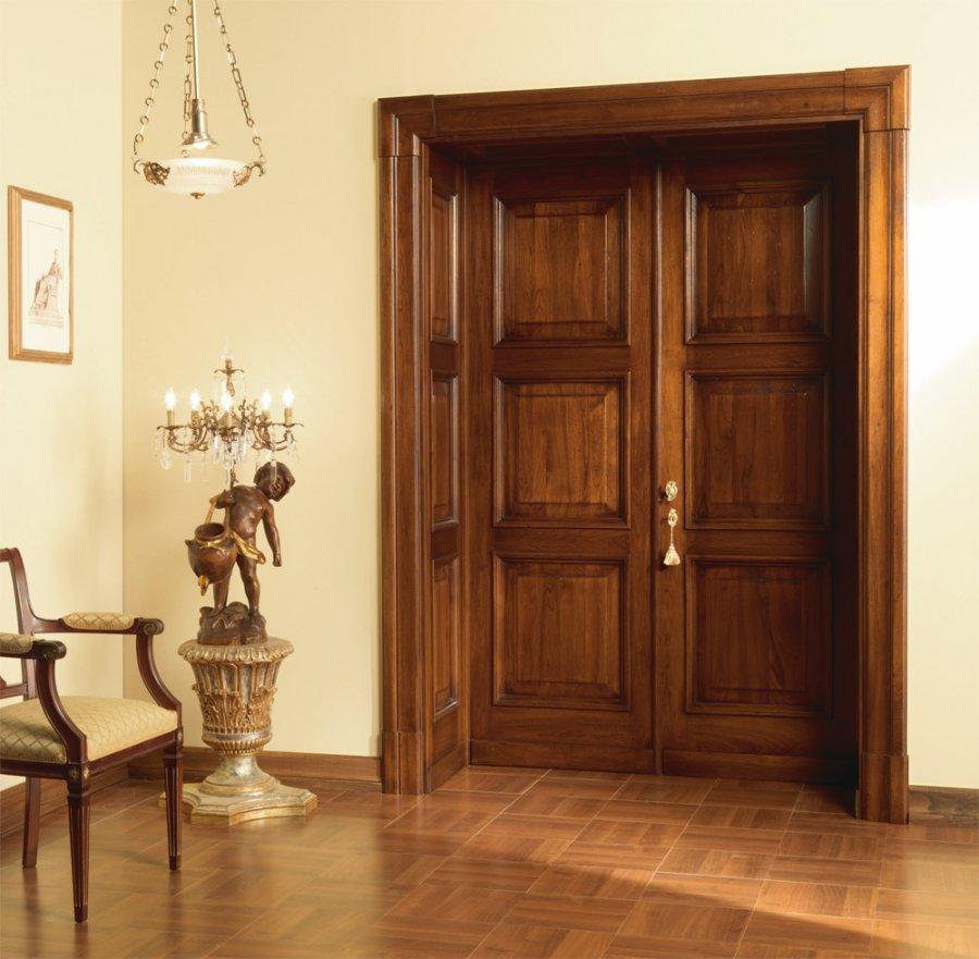 Двери массив сосны в интерьере