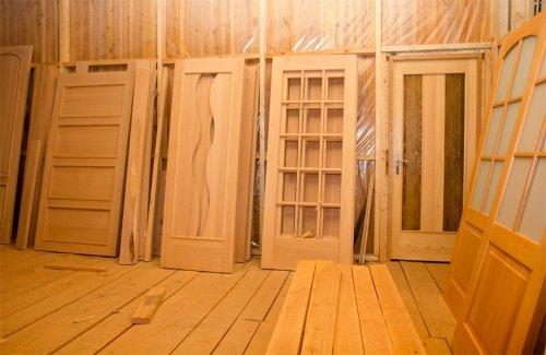 Двери массив сосны под покраску