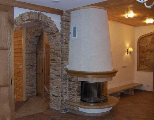 дверной проем декоративным камнем