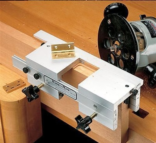 кондуктор для врезки петель и замков